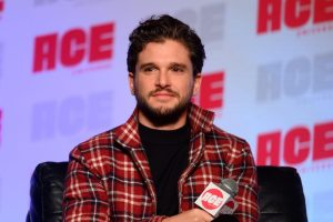 kit-harington_ace_comicon_theblerdgurl