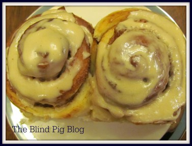 Cinnamon Rolls with Kerrygold Icing