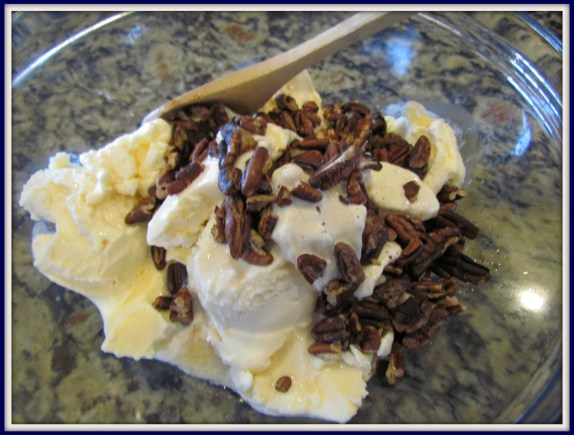 pecan whiskey ice cream2
