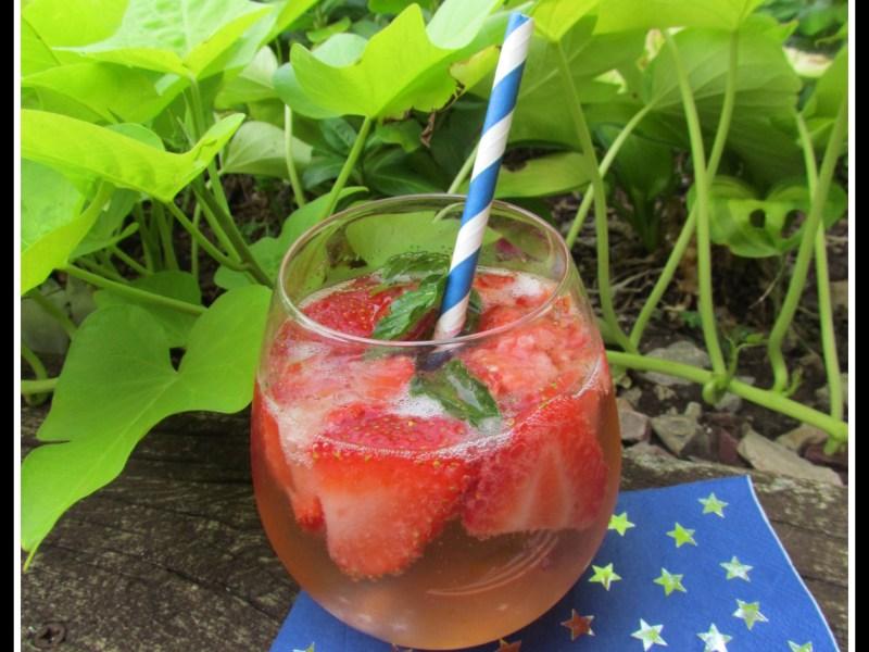 Strawberry Mint Spritz