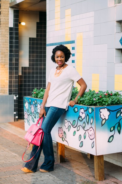 flare jeans, flares, jeans, fall outfit, twistout, natural hair, kate spade bag