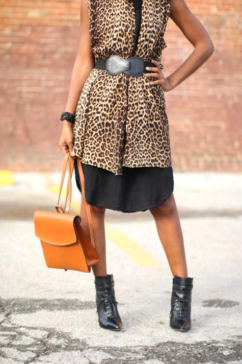 leopard print, black dress, basic black dress, leopard chic, blogger style, natural hair blogger, black style blogger, natural hair inspiration, fashion blogger, leopard style, leopard print sweater, leopard print vest, leopard sweater, cute backpack, stylish backpack, blogger backpack