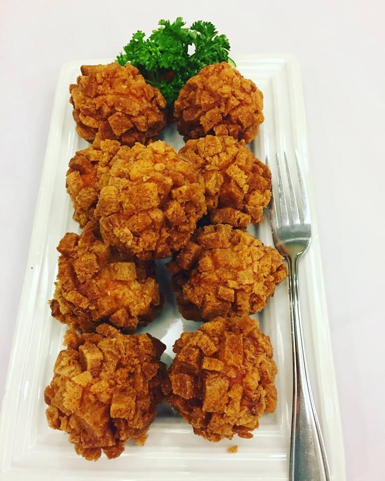 shrimp balls at Comida China de Manila