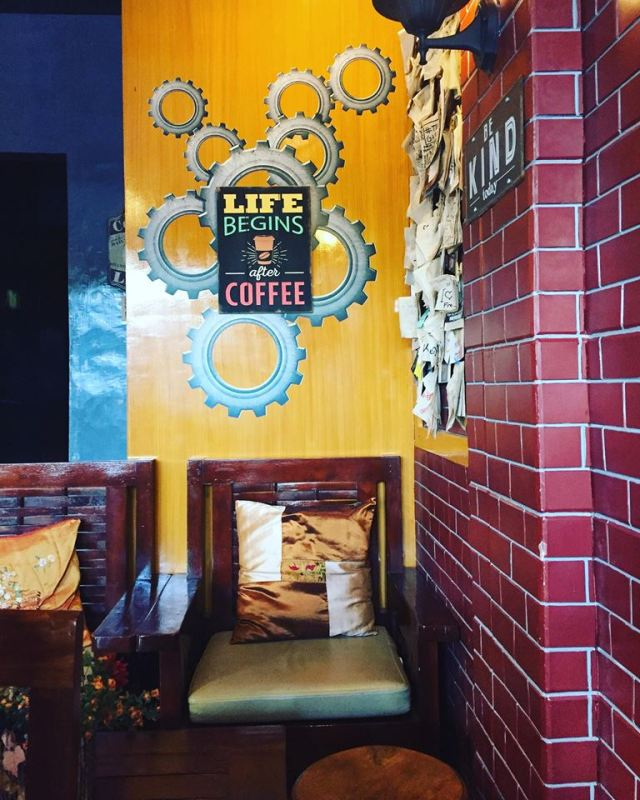 life is coffee at Cafe Esse Antipolo