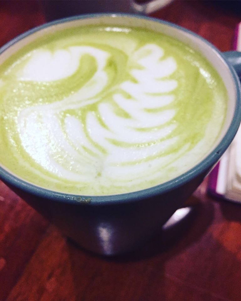 matcha latte at Cafe Esse Antipolo