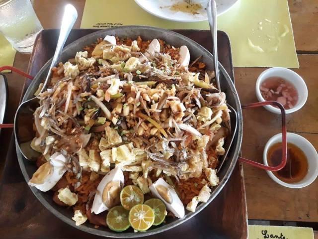 Umaapaw in Paellera at Yellow Lantern Cafe Antipolo