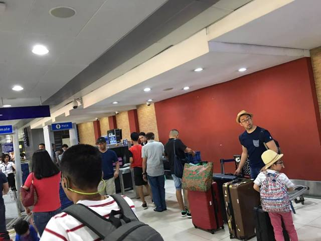 baggage drop at NAIA Terminial 2