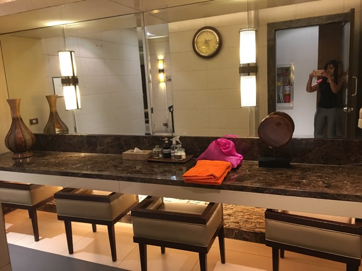 The Female Changing Area at the Manila Hotel