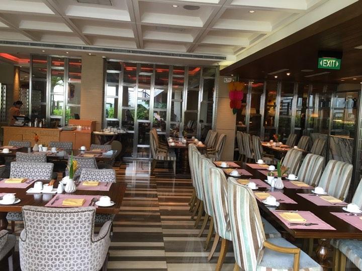 Cafe Ilang-ilang at the Manila Hotel