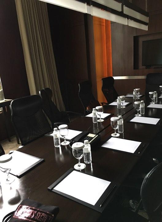 boardroom 1.jpg