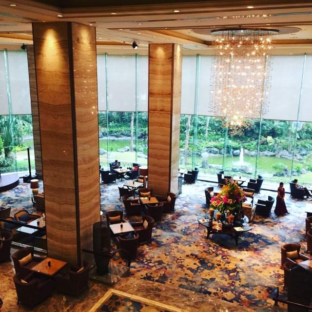 The Lobby Lounge at the Edsa Shangri-la Hotel