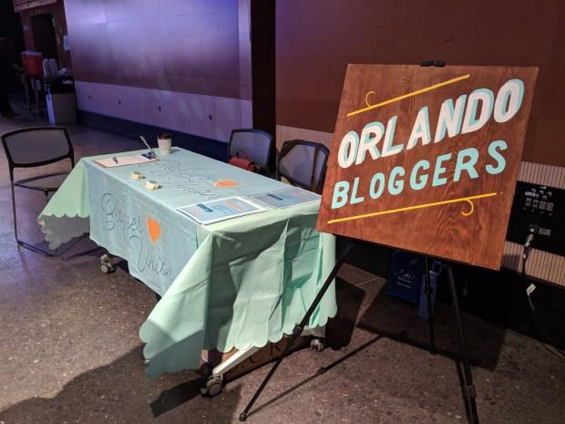 Orlando Bloggers Table at Florida Blog Con
