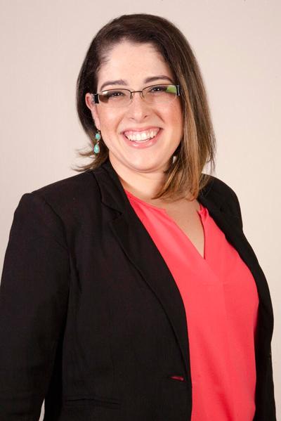 E. L. Lane is Miami Mom Bloggers - social media manager