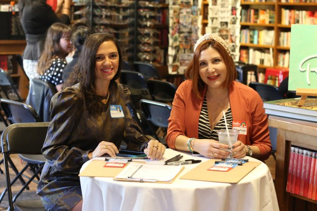 Books and Books hosts the South Florida Mom Bloggers' and South Florida Bloggers' November 2019 Meetup