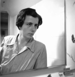 Finding Vivian Maier (Documentary) -Self Portrait