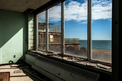 View - Seaside Sanatorium, Waterford, Connecticut ©2014 Robert Marsala