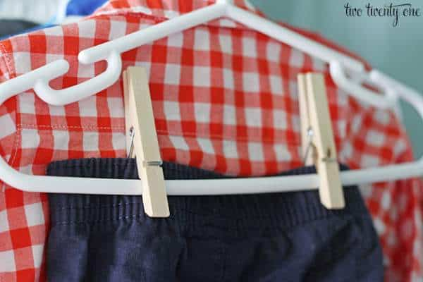 Ways to store and organize baby clothes in closet
