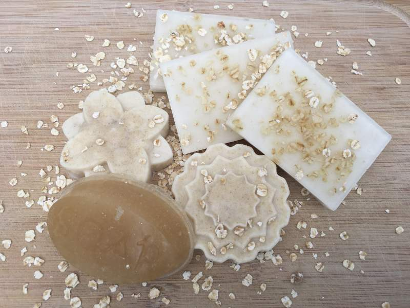 Oatmeal melt and pour soap