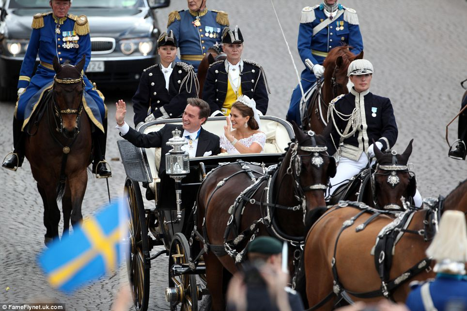 Princess Madeleine + Chris ONeill - In Carriage Waving