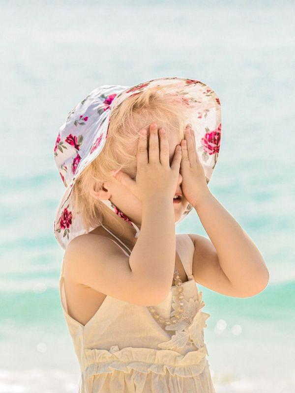 Little Girl Floral Print Bucket Hat