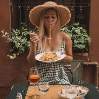 How to Eat Like a Local in Italy