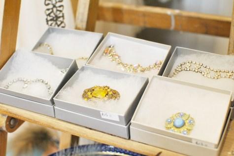 Heartfelt Vintage wedding accessories