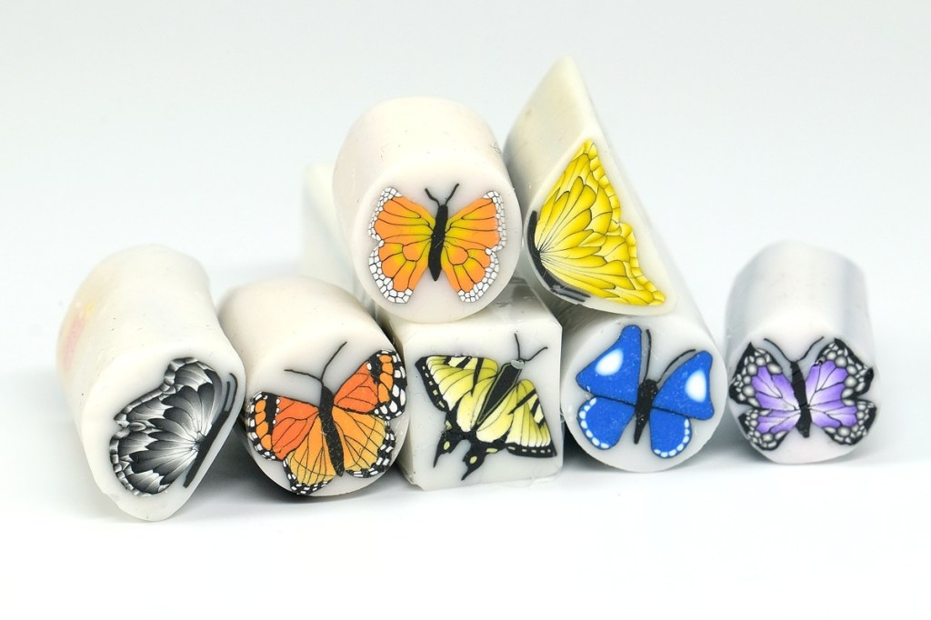Often used in millefiori compositions, butterfly canes make nice accents.