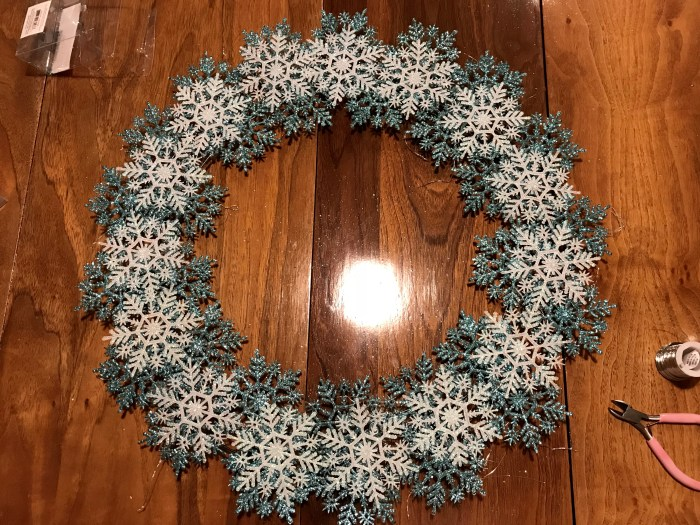 DIY Snowflake wreath
