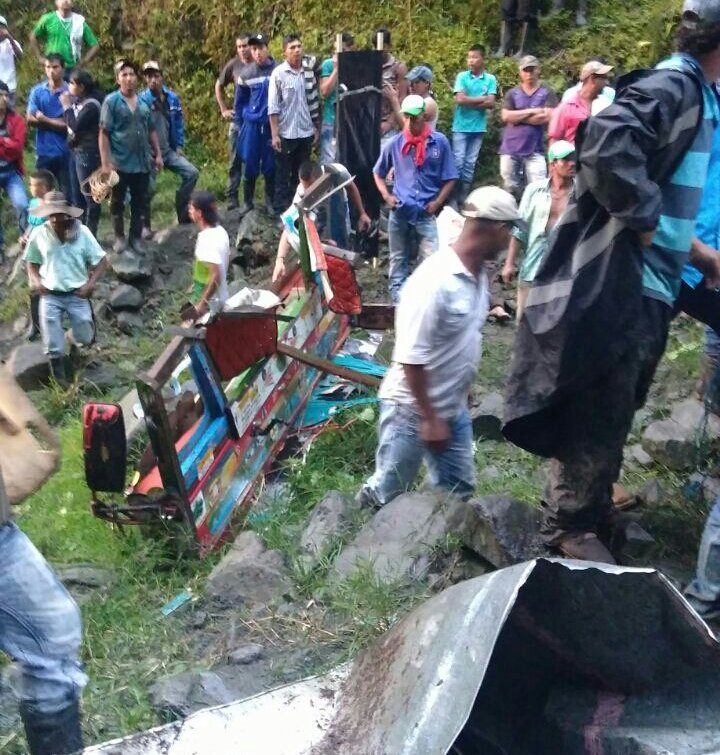 14 dead, 36 injured after 'chiva' bus plummets over precipice