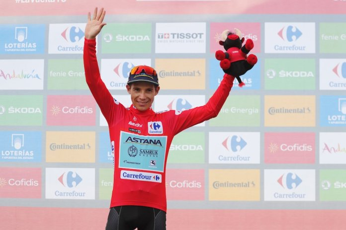 Miguel Ángel López is the red jersey for the third time this Vuelta á España.