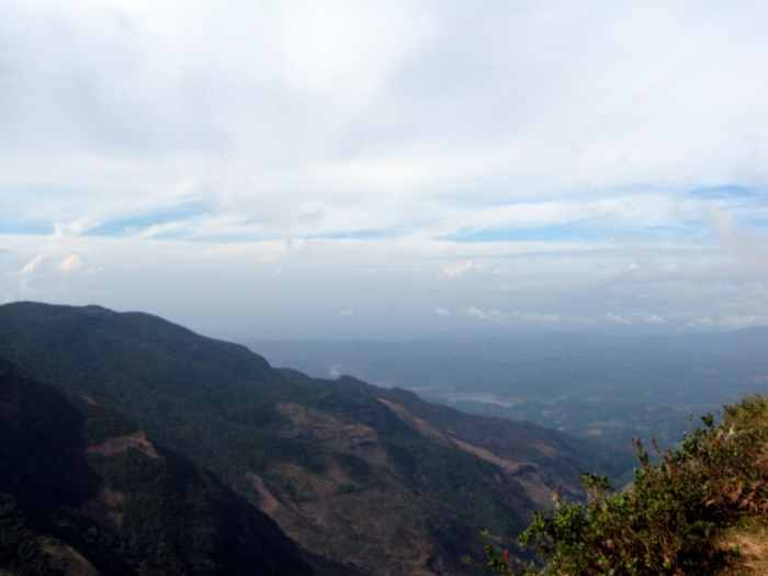 Hiking to World's End, Sri Lanka