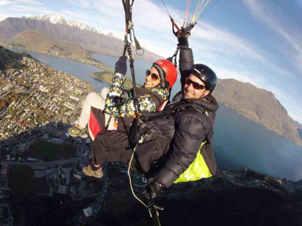 Paragliding in Queenstown New Zealand