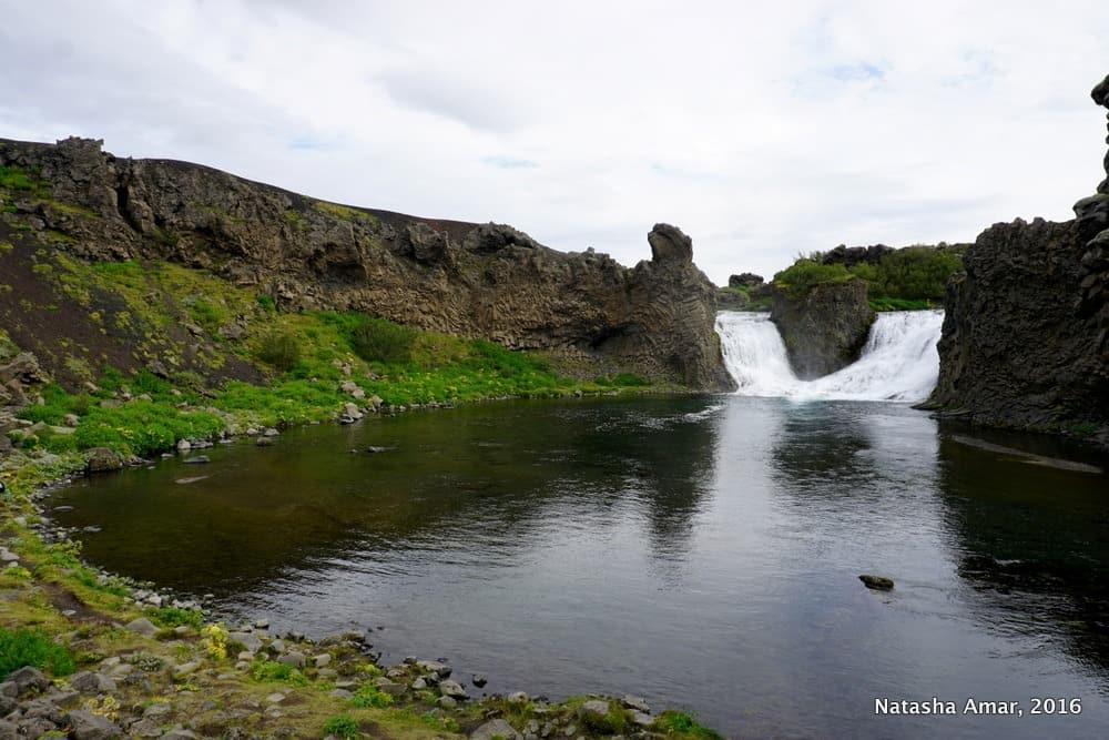 Iceland's Highlands Landmannalaugar Day Tour- Hjalparfoss