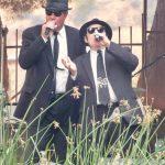 Elwood and Jake singing together at the Idaho Botanical Gardens
