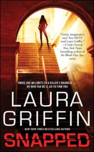 Review – Snapped by Laura Griffin
