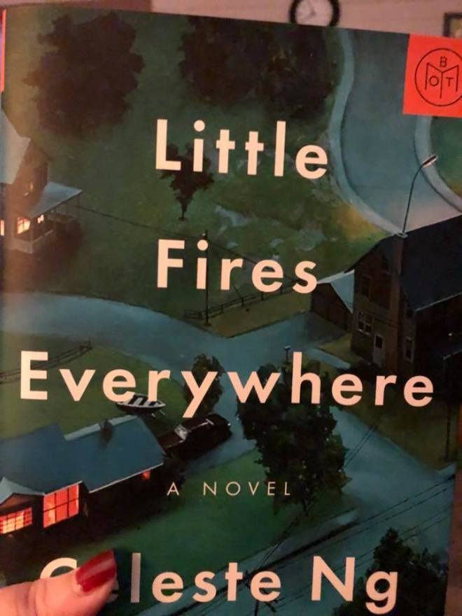 Image may contain: text that says 'Little Fires Ever ywhere NOVEL leste Ng'