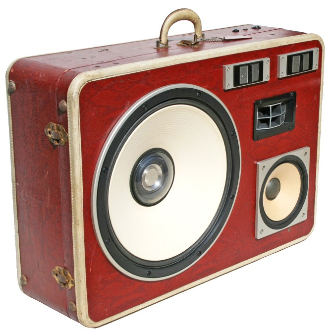 Super Bass BoomCase Vintage BoomBox Snake Red White Woofer Loud bluetooth Speaker Portable