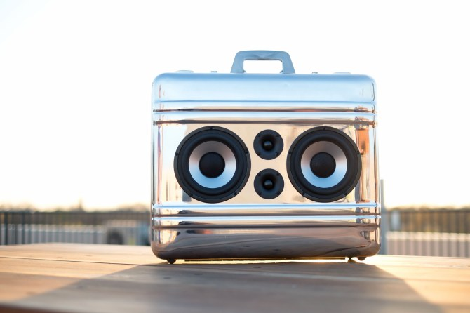 Vintage Halliburton Suitcase BoomBox BoomCase Speaker Bluetooth Portable Stereo