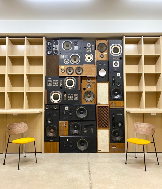 speaker wall vintage speakers wall of sound boombox custom speaker design boomcase denver