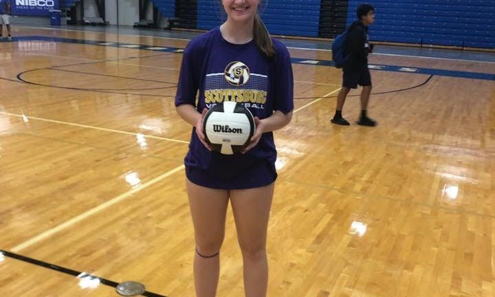 Audrey LaMaster achieves 500th on the volleyball court