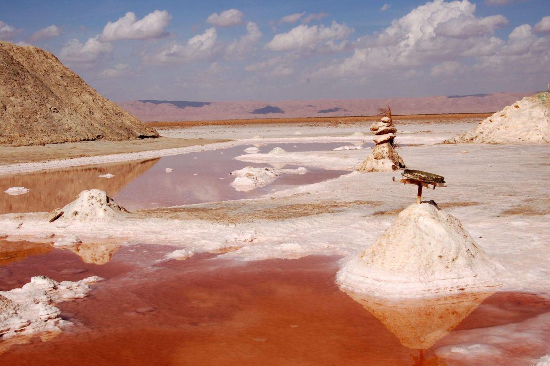 tunisia salt lakes photo diary