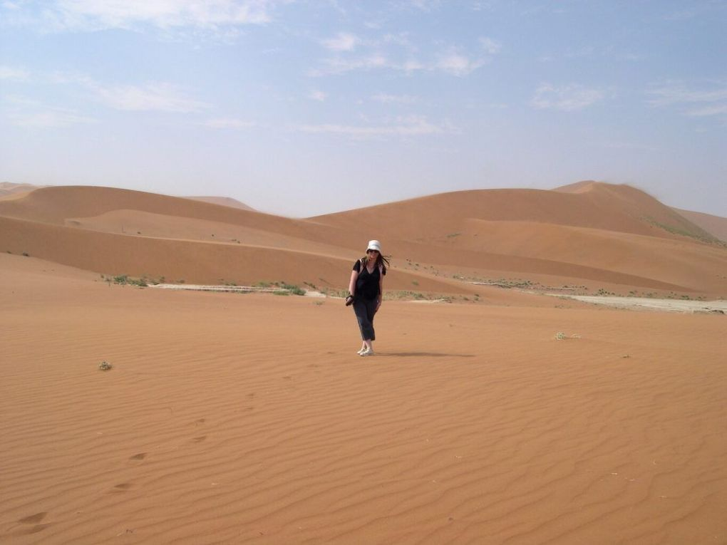 solo travel in the sand dunes