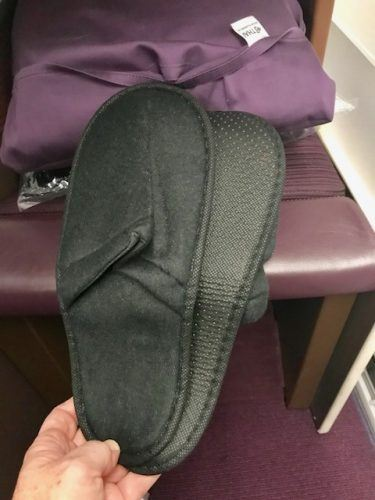 slippers thai airlines business class