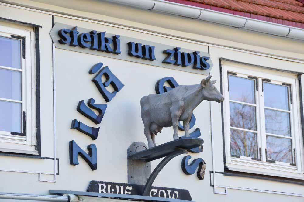 blue-cow-restaurant-riga