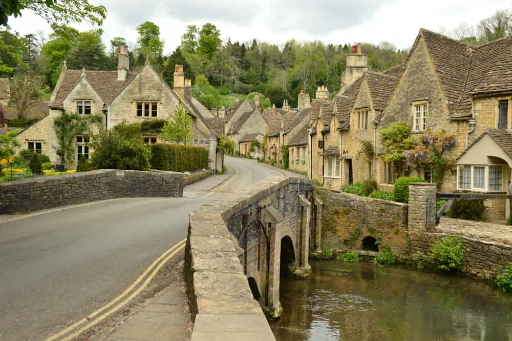 england_cotswolds_castle-combe