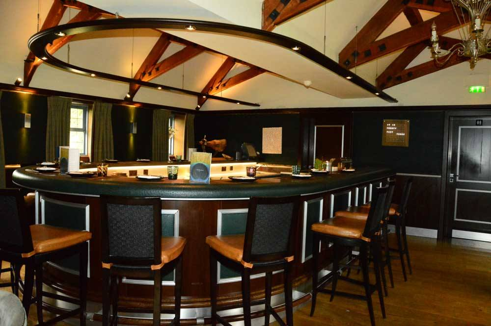 england_cotswolds_whatley-manor-bar