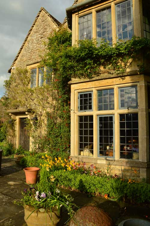 england_cotswolds_whatley-manor-exterior-windows