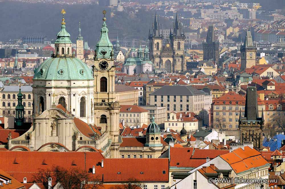 austria_vienna_rooftops