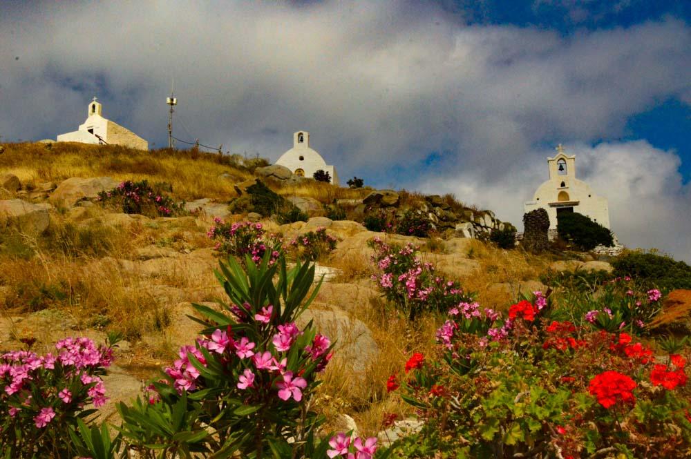 greece_ios_hora-three-churches
