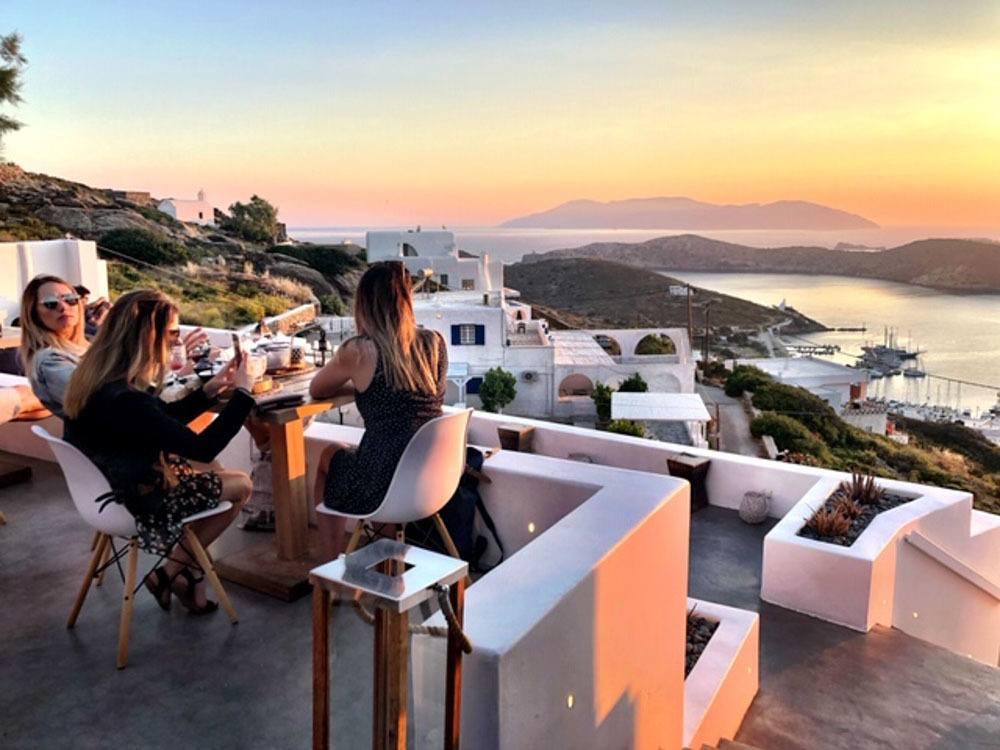 greece_ios_ios-club-bar